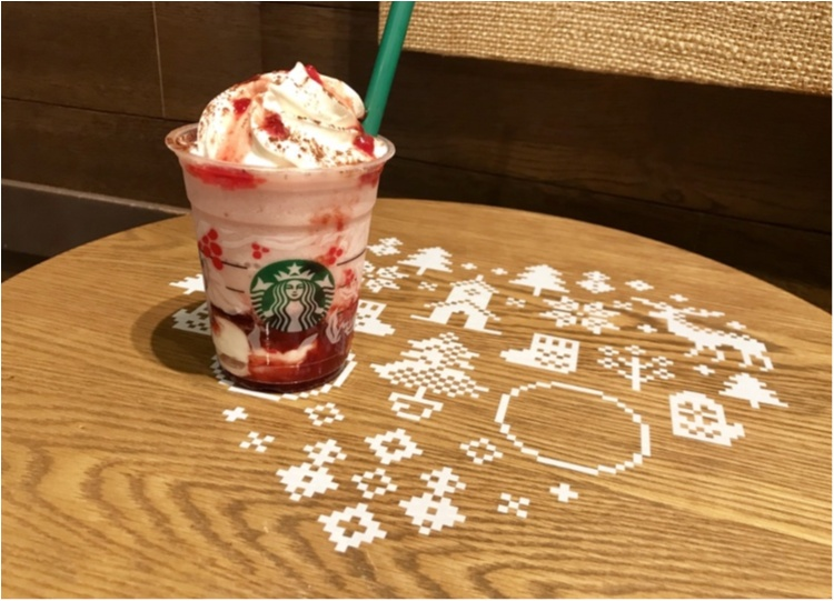 スタバが東京ドームシティ ラクーア店で、初のイルミネーションを開催中♡ なんとお店がクリスマスケーキに!!_5