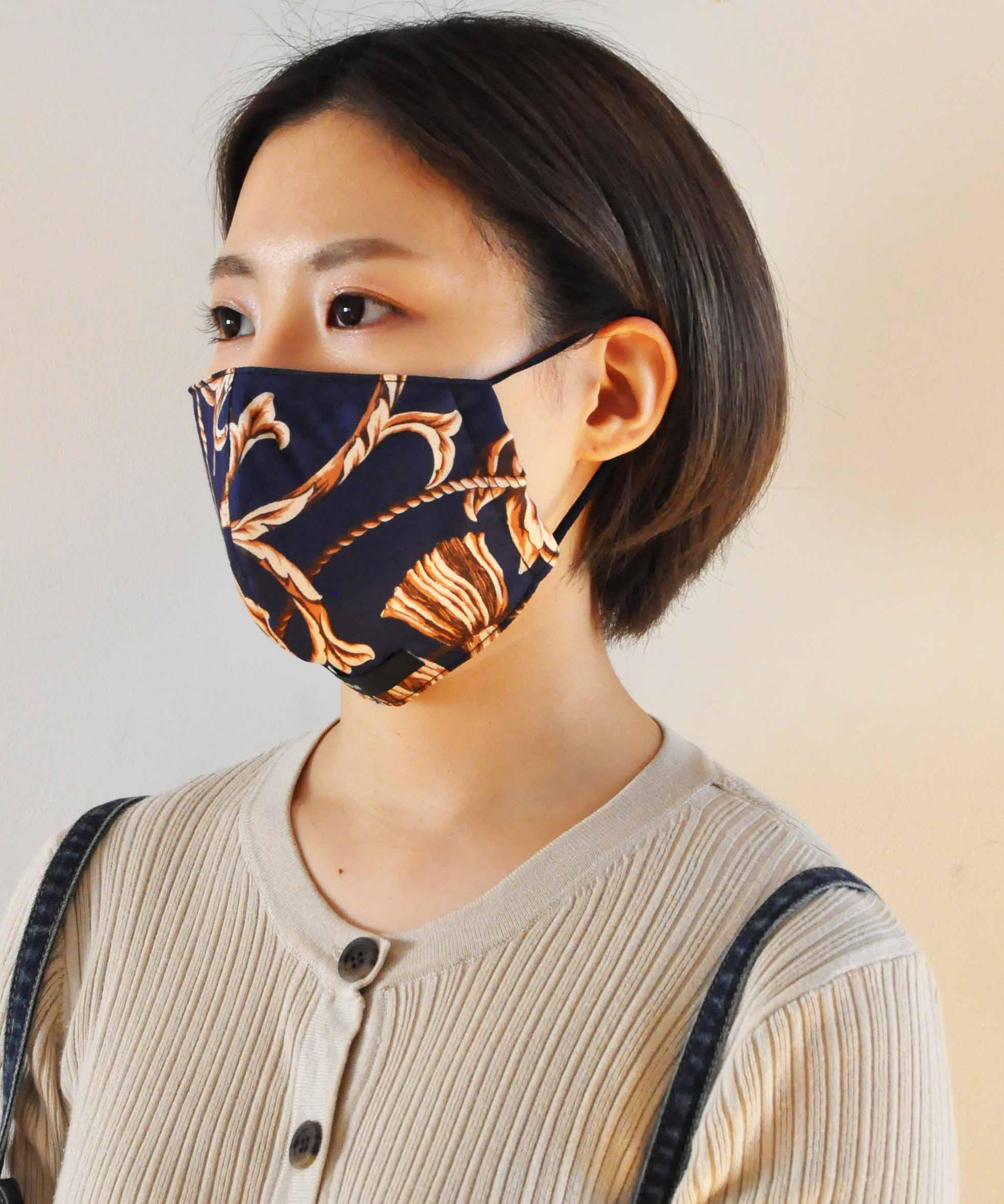 マスク ジョンブル デニム 信頼の日本製「ジョンブル」の洗えるマスクは、着こなしを楽しむ2カラーセット!