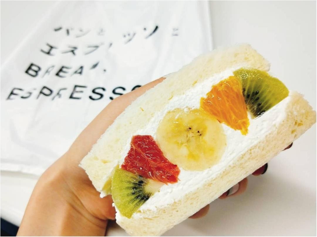 あの「パンとエスプレッソと」がフルーツ屋さんとコラボして作ったフルーツサンド♡_4
