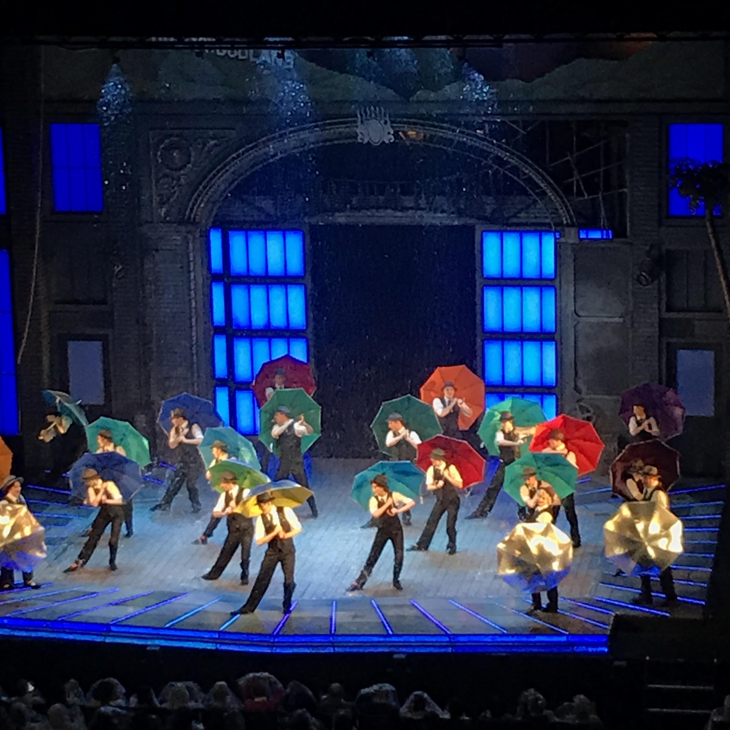 ステージに降る12トンの雨!ミュージカル【SINGIN' IN THE RAIN(雨に唄えば)】を観てきました♡_5
