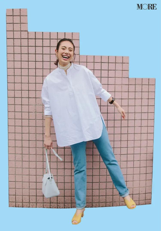【おしゃれなレディースシャツコーデ】バンドカラーシャツの端正さ、清潔感をとり入れる