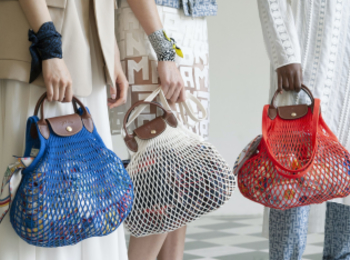 『ロンシャン』の新作バッグは『フィルト』とコラボしたネットバッグ!