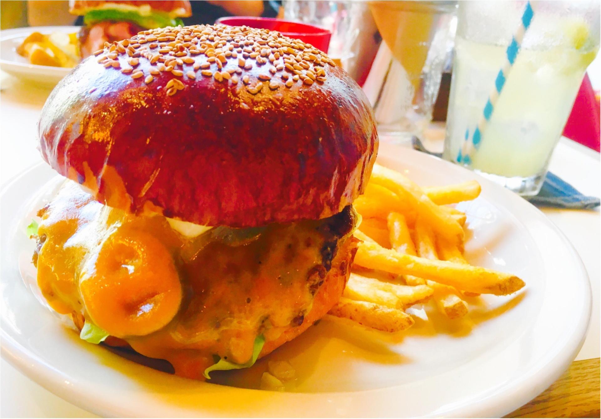 ☺︎♡表参道のハンバーガーやさん!味も見た目も内装もおしゃれアメリカンきらで旅行気分♡_4