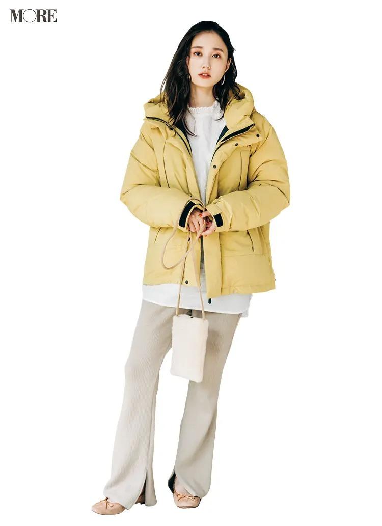 2021最新おすすめアウターの『シップス エニィ × ファーストダウン』のダウンジャケットを着た全身コーデ