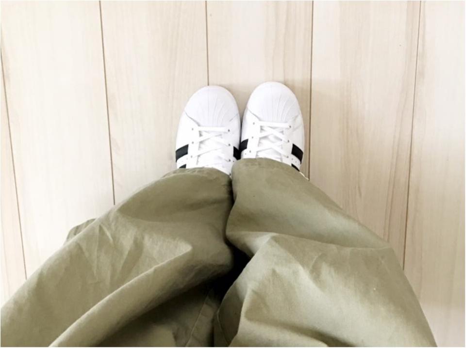 【やっぱり可愛い】アディダスの白スニーカー買いました_4