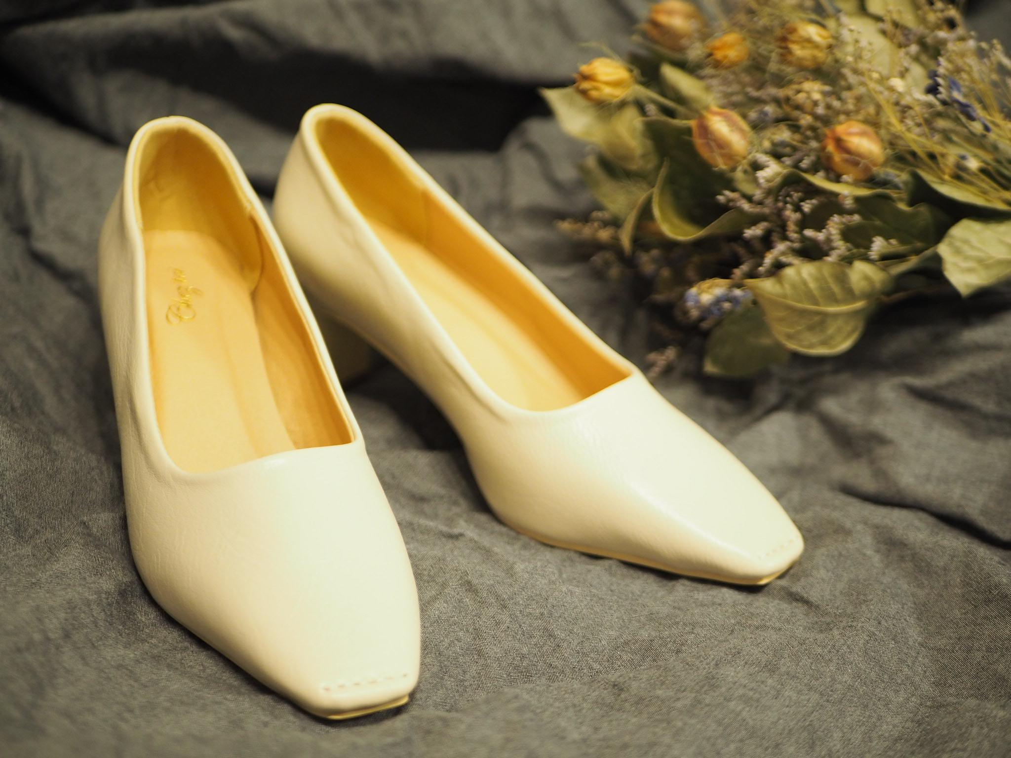 【プチプラ春靴】ホワイトカラーの《スクエアトゥシューズ》❃❃❃_2