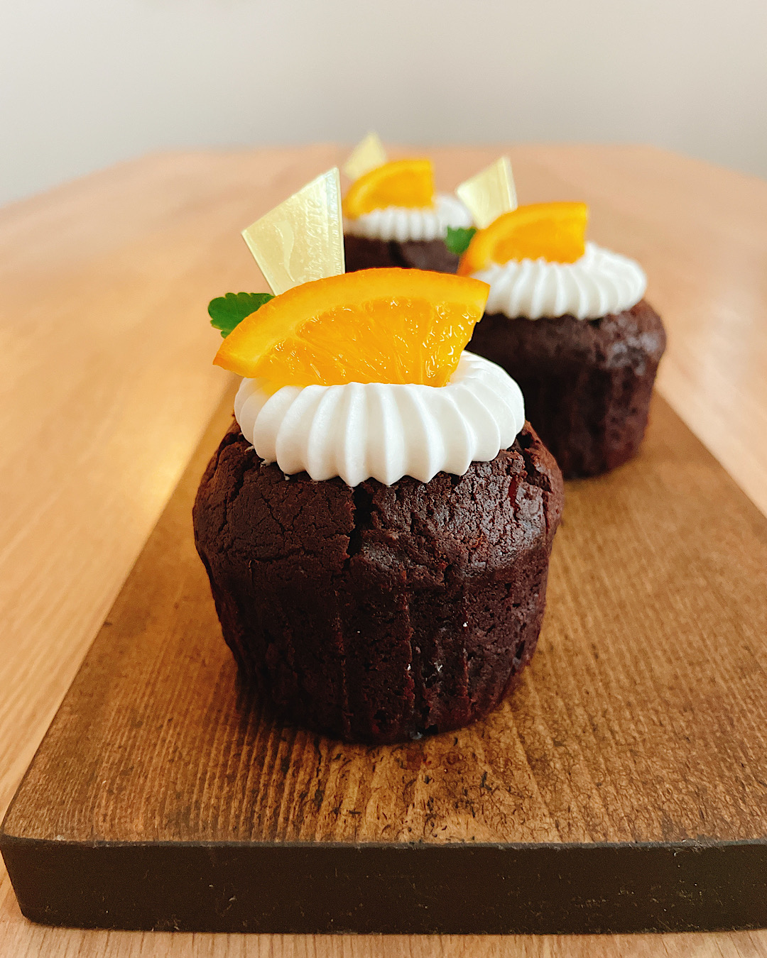 【おうちカフェ】混ぜるだけ!オレンジ香るショコラカップケーキを手づくり♡_2