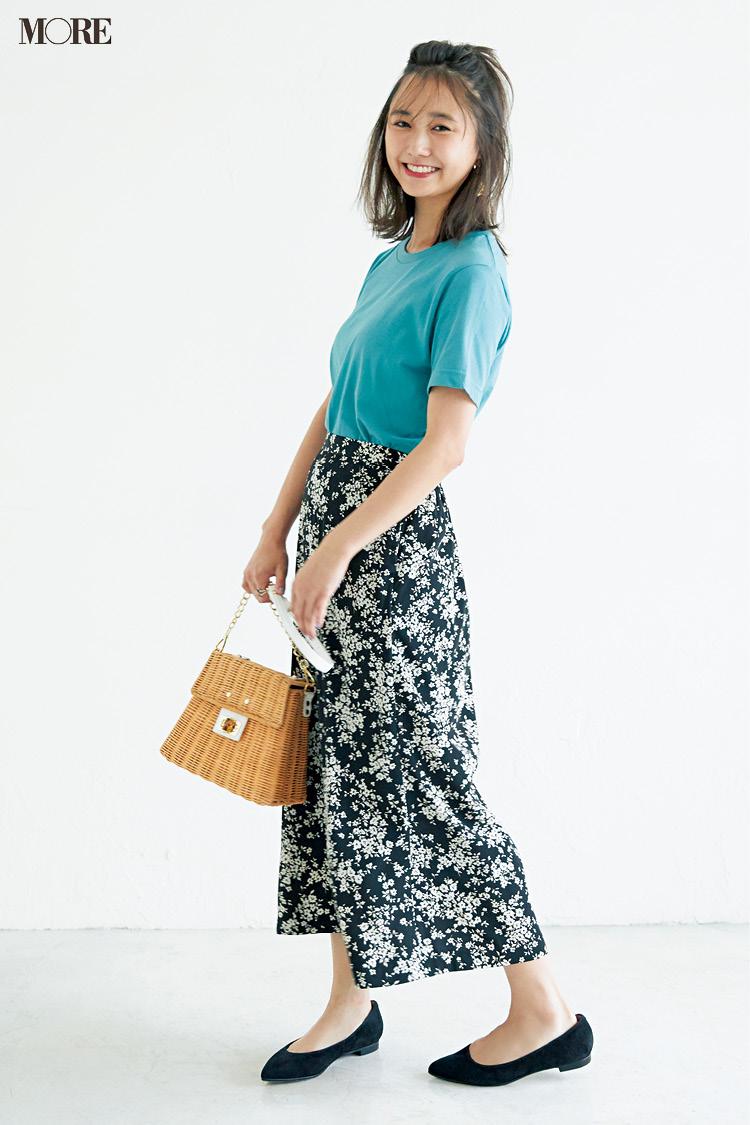 【今日のコーデ】<鈴木友菜>金夜は映画館デート♡きれい色のTシャツに花柄スカートで涼やかフェミニンに_1