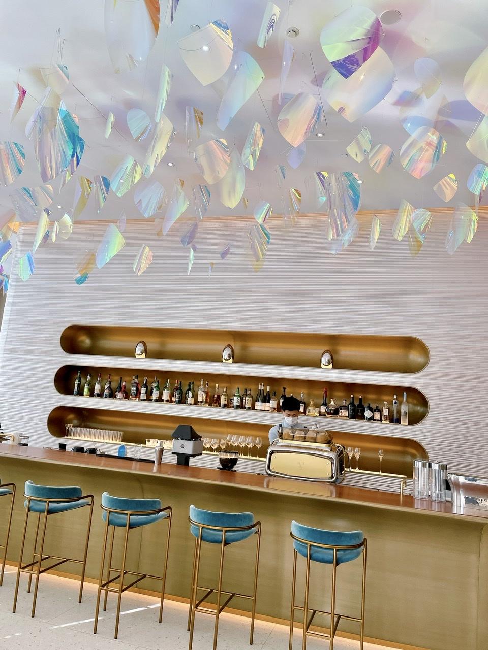 【おすすめいちごスイーツ】LOUIS VUITTONのカフェで贅沢ないちごのパフェを_2
