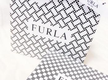 【20代女子の愛用財布】『FURLA』のミニ財布♡