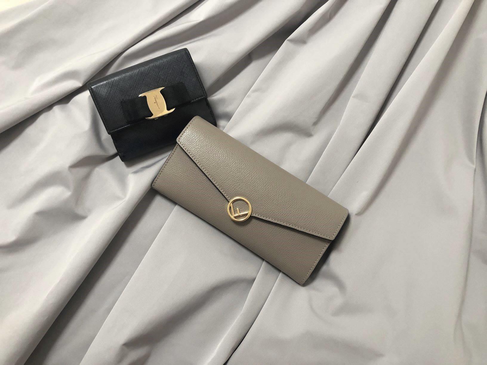 【20代女子の愛用財布】メインとサブと。(FENDI × Salvatore Ferragamo)_1