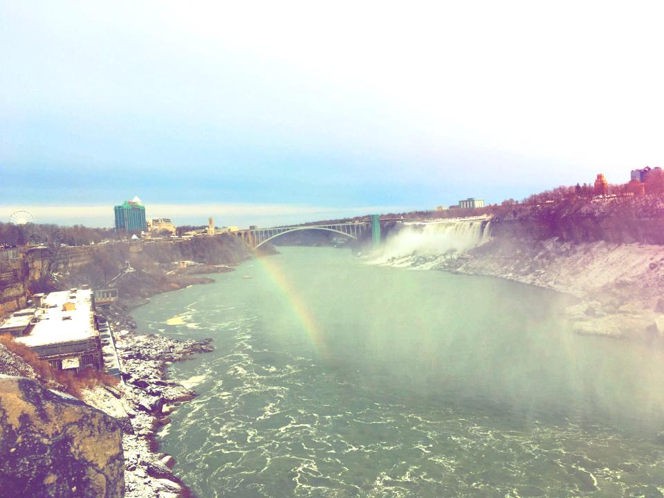 【現地レポート】大晦日は心洗われるナイアガラの滝へ_18