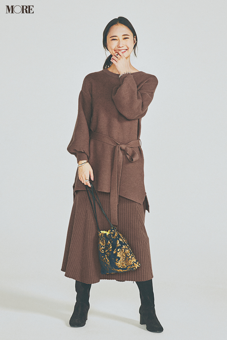 【今日のコーデ】<鈴木友菜>12月、金曜夜の女子会はゆるっとこなれたブラウンのニットアップで鮮度よく!_1