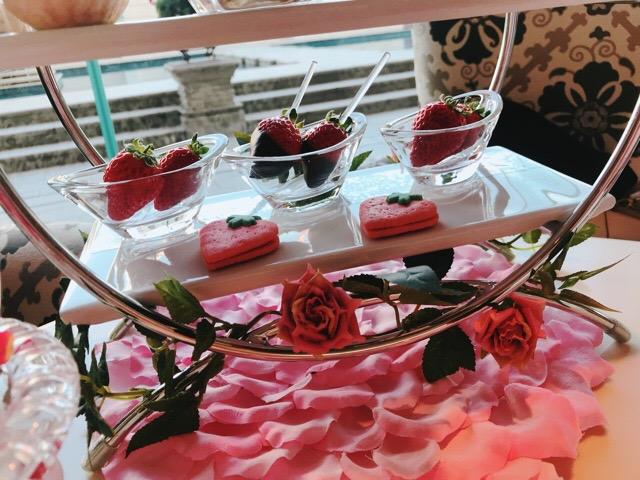 【ラ・スイート神戸ハーバーランド】ストロベリーアフタヌーンティーの苺と薔薇のコラボが可愛すぎる♡♡_9