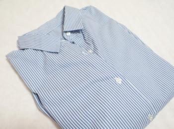 《今買って春まで使える❤️》【GU】の初売りセールで買った2WAYストライプオーバーサイズシャツが優秀☻