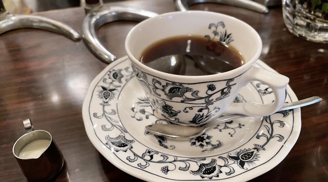 【レトロ喫茶】固めプリンの元祖《ヘッケルン》の「ジャンボプリン」@虎ノ門_3