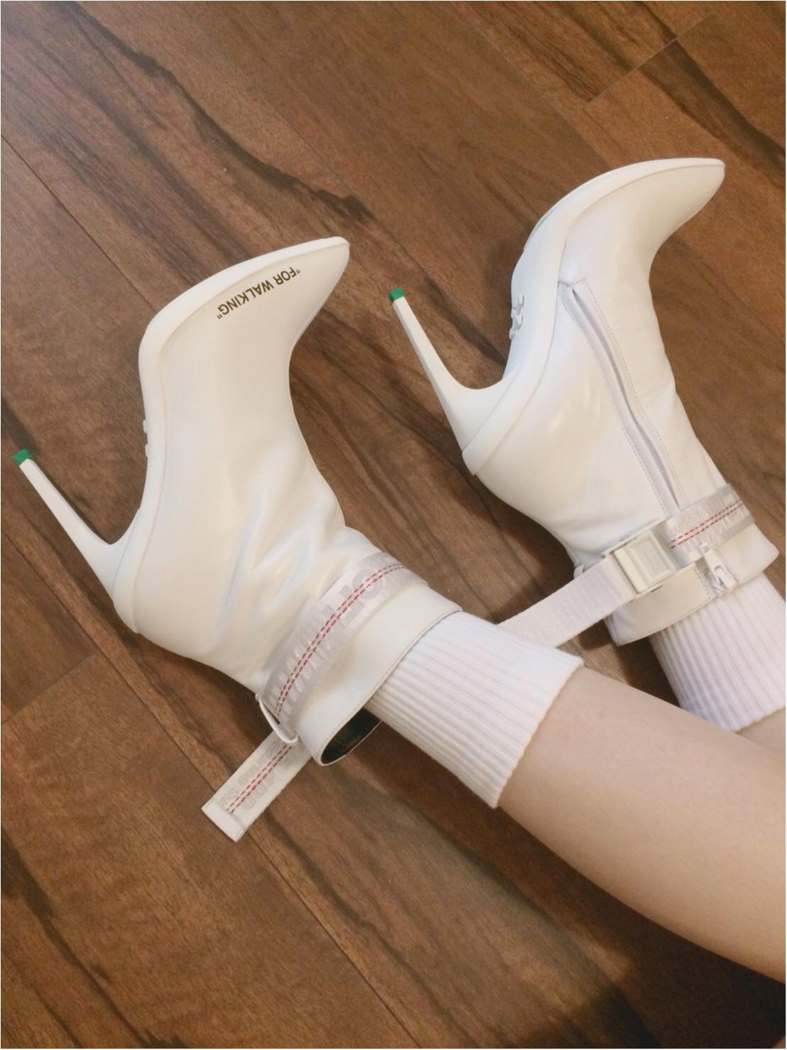 今年新しく仲間入りした春ブーツ off-white の靴下チラ見せコーデ_3