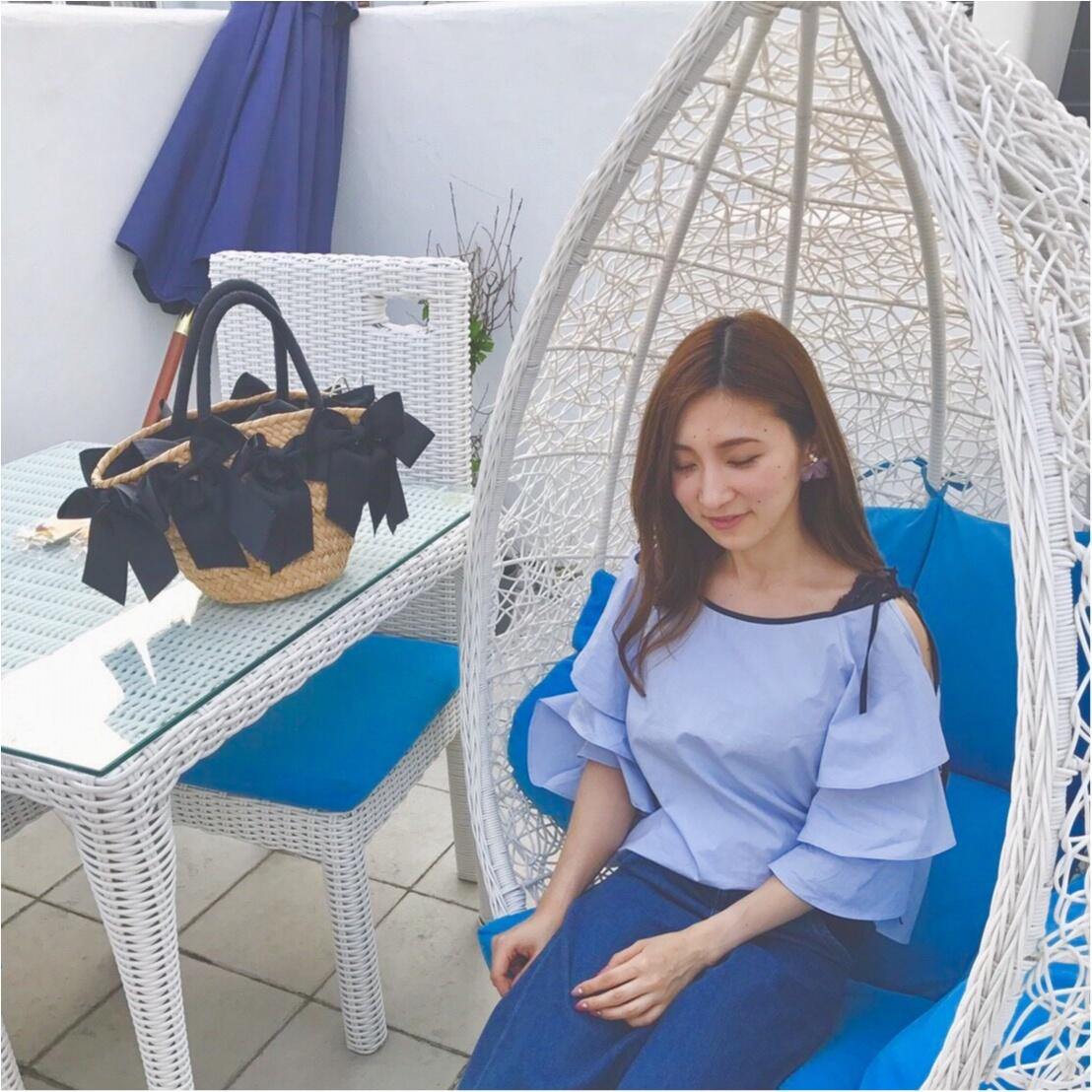 【江ノ島cafe】ホワイト×ブルーの地中海リゾートカフェ。晴れてる日はテラス席がおすすめ!!_4