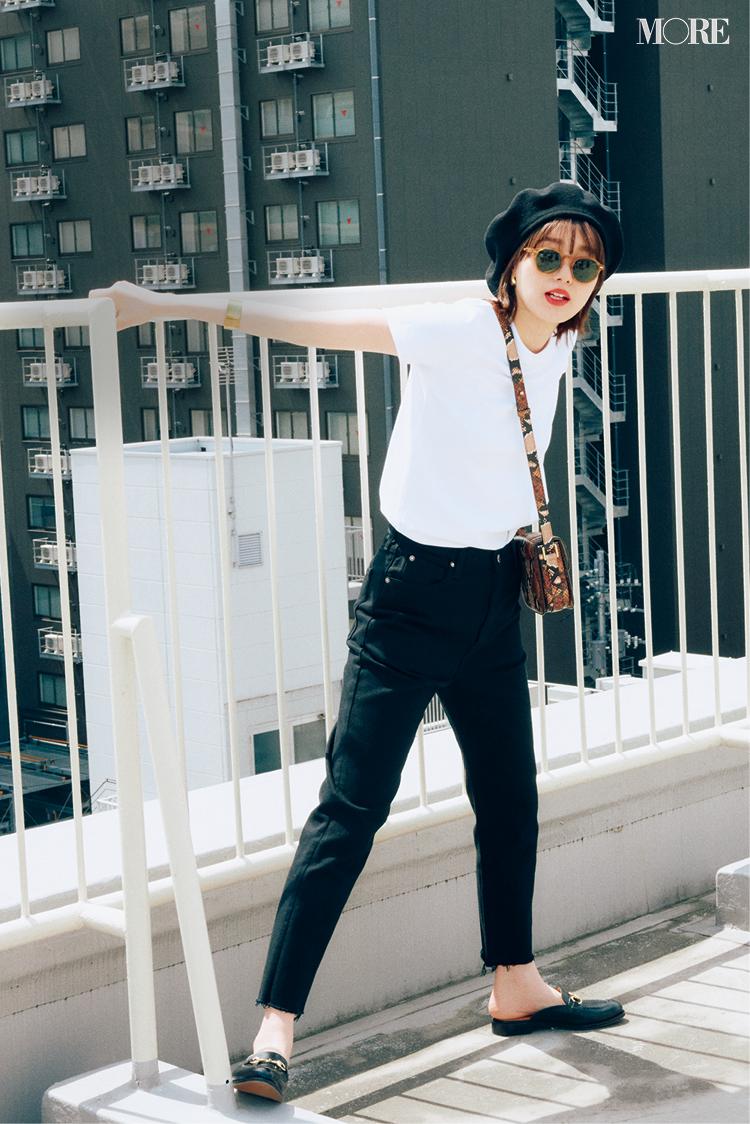【レディースTシャツコーデ】白Tシャツ×黒パンツのコーデ