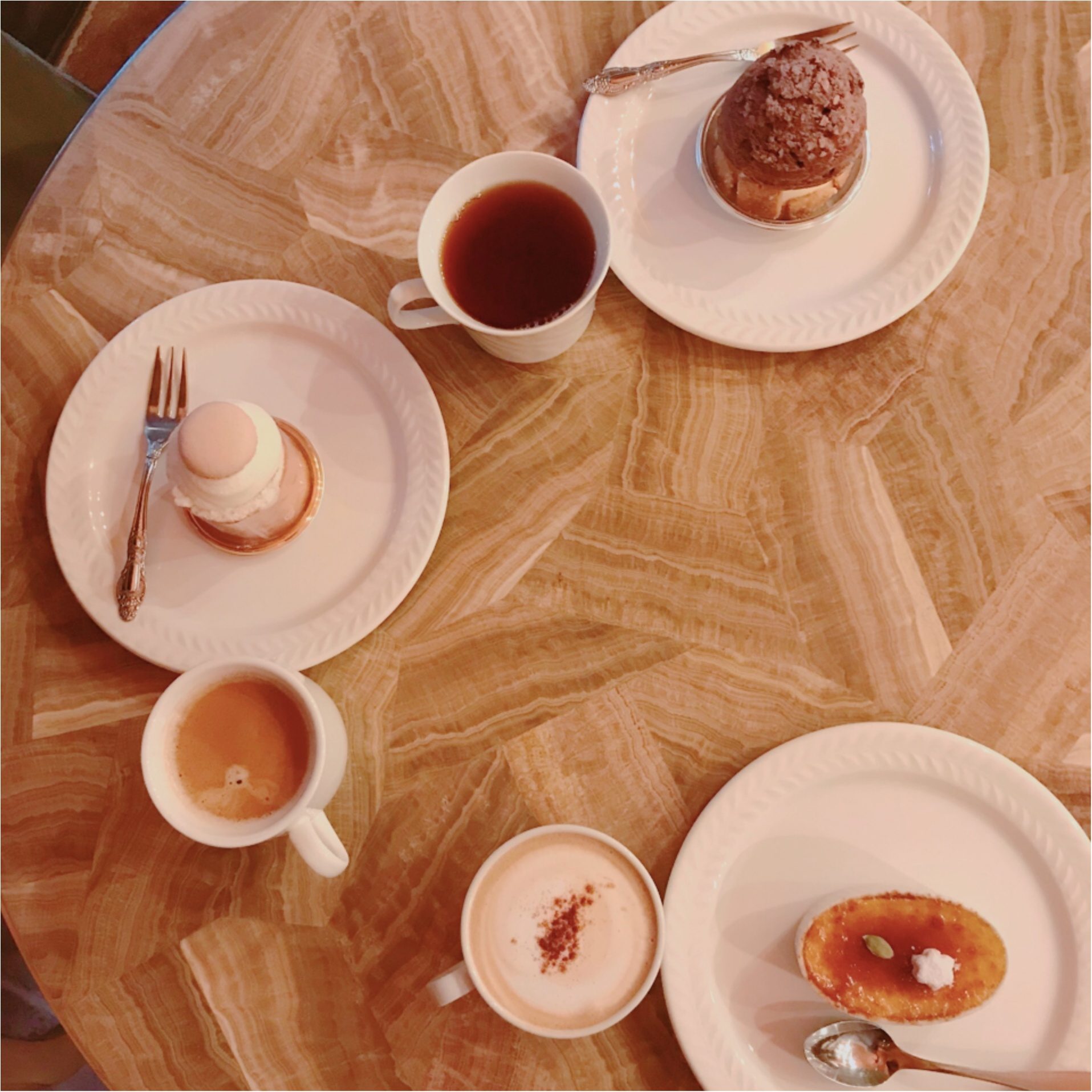 ★温かみのあるインテリアが思わず長居してしまう、おしゃれカフェ。『お菓子の森』で楽しくガールズトークはいかがですか?★_4