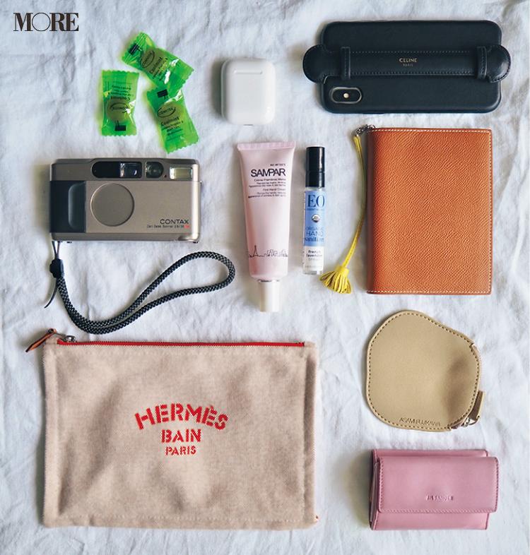 佐藤栞里がひと目惚れしたバッグは……♡ モデルたちのバッグ&バッグの中身大公開☆ photoGallery_1_2