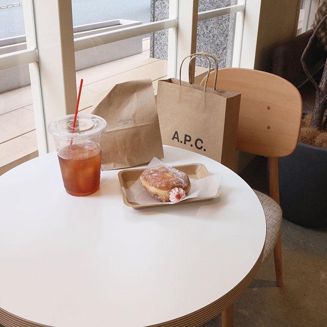 Premiumインフルエンサーズのインスタ拝見! Cafétravelerの荒川奈津美さんは、日本橋の新スポット「COMMISSARY NIHONBASHI」へ♬_1