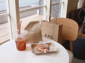 Premiumインフルエンサーズのインスタ拝見! Cafétravelerの荒川奈津美さんは、日本橋の新スポット「COMMISSARY NIHONBASHI」へ♬
