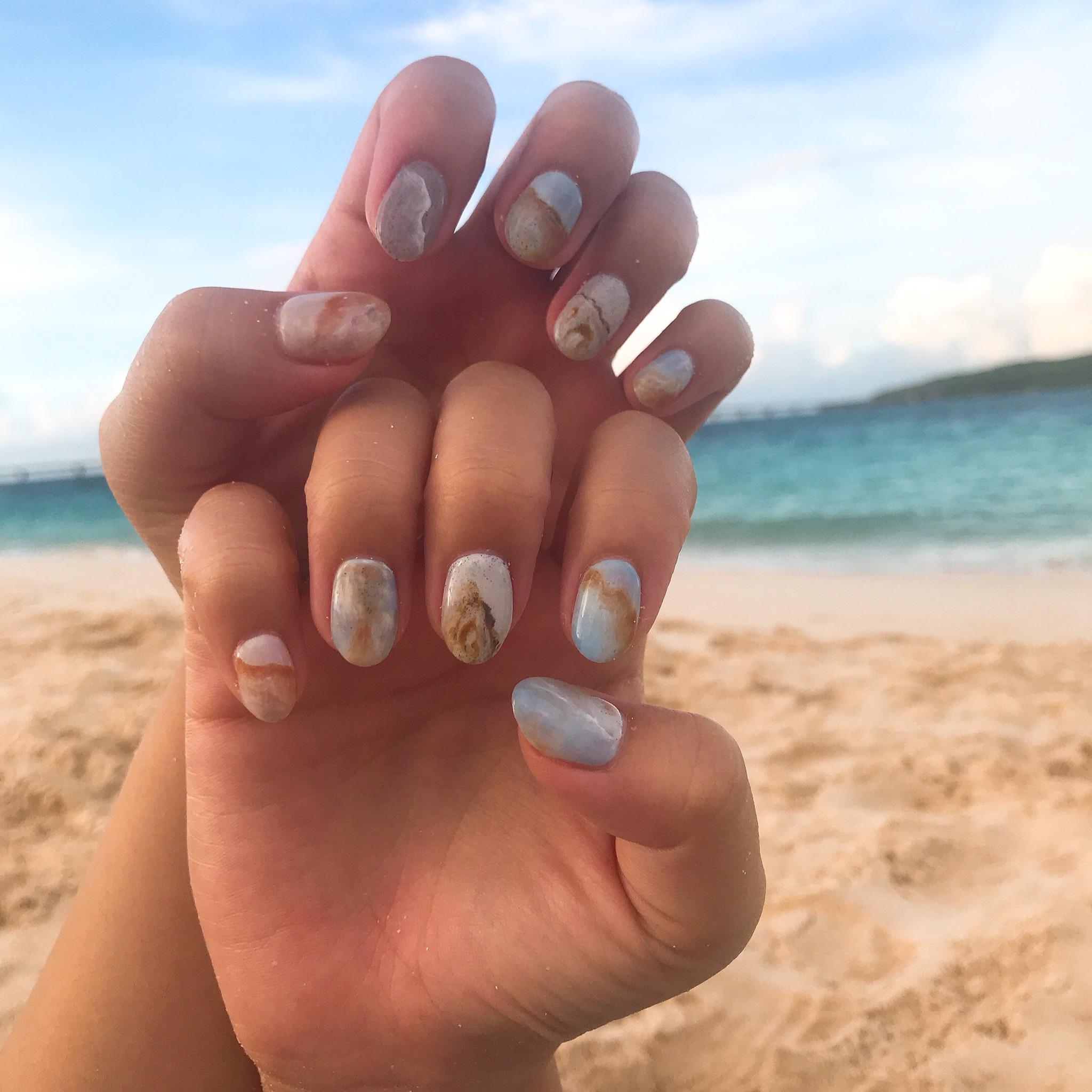 【夏ネイル・マニキュア】ビーチで映える夏にぴったり砂浜ネイル_2