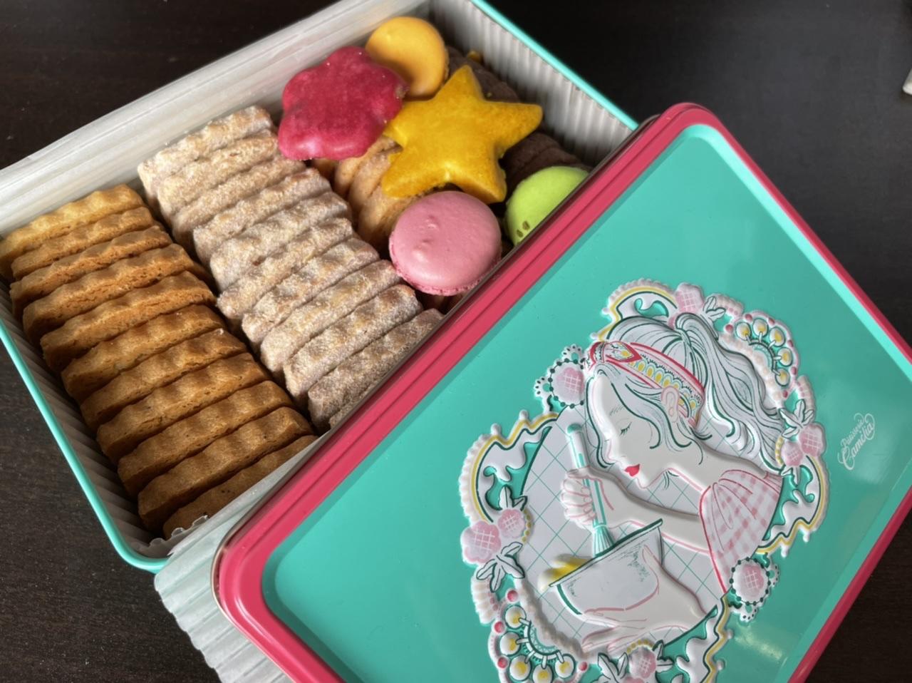 【クッキー缶】ニシイズミユカ × パティスリーカメリア銀座 コラボクッキー缶がかわいい_3