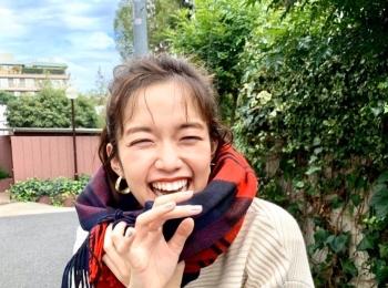 #佐藤栞里 現場を明るく照らしてくれる最高にハッピーな笑顔☆【MORE SMILEUP CHALLENGE 7】