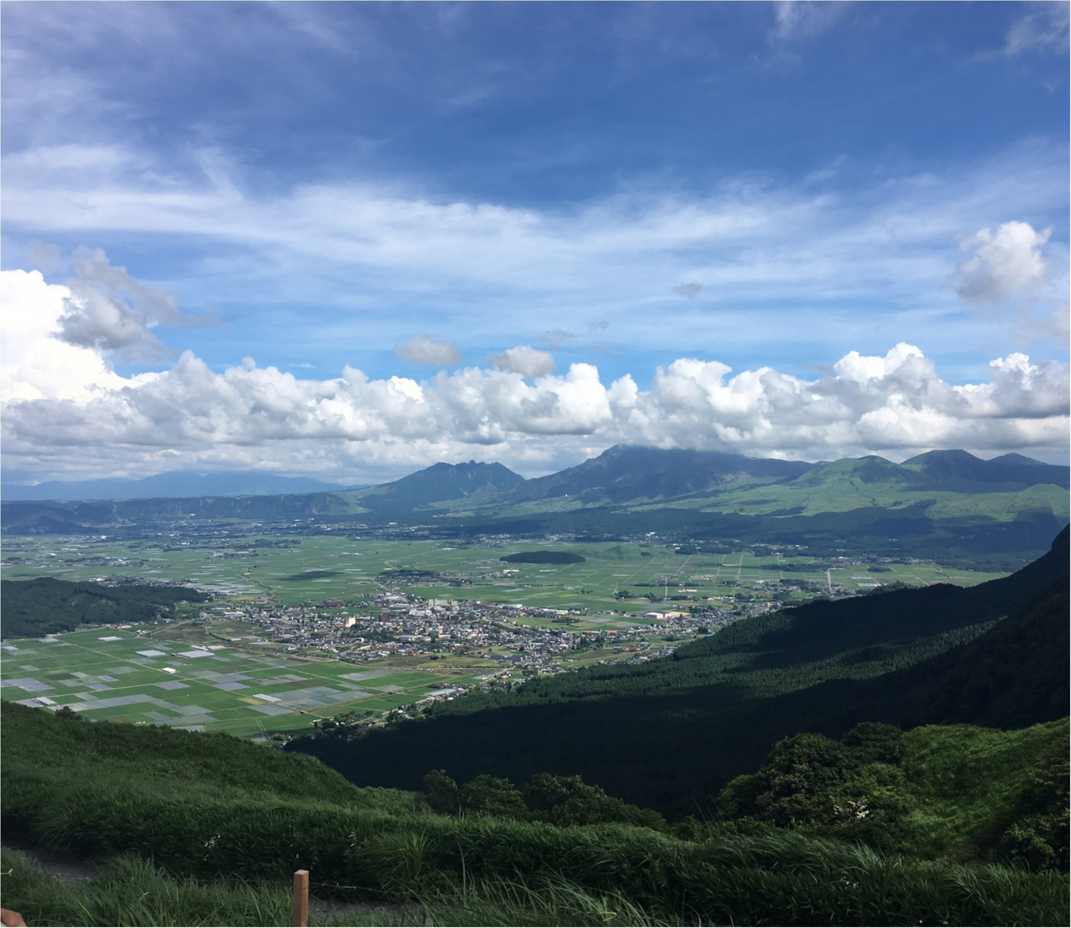 【初動画で紹介!】まるでジブリの世界!晴れた『阿蘇』の絶景を観てください!【#モアチャレ 熊本の魅力発信!】 _2_1