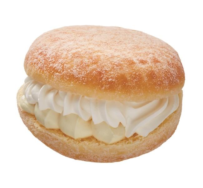 『BAKE CHEESE TART』とのコラボドーナツ「ベイク チーズホイップ」