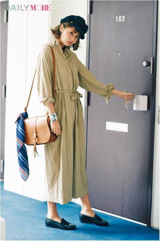 【今日のコーデ/岸本セシル】コートいらずの陽気になった金曜日はカーキのシャツドレスを一枚で!_1