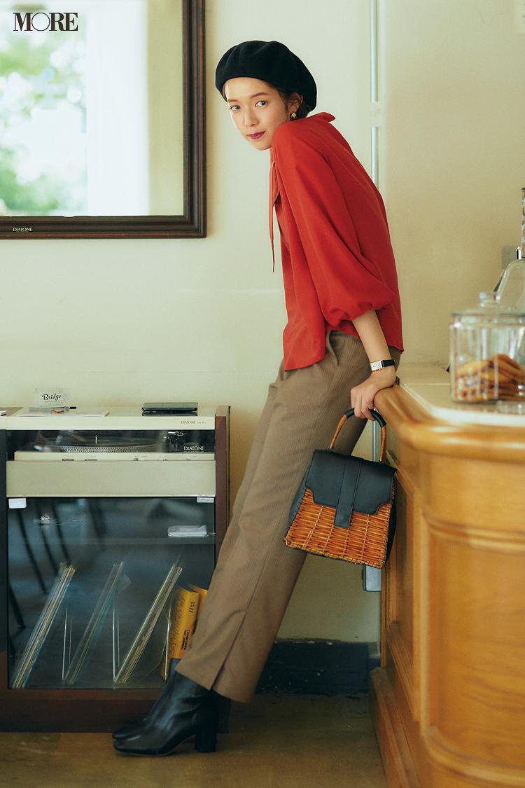 【今日のコーデ】<佐藤栞里>女子だけのプチ同窓会。旬のスラックスにボウタイブラウスで秋おしゃれを更新♪_1