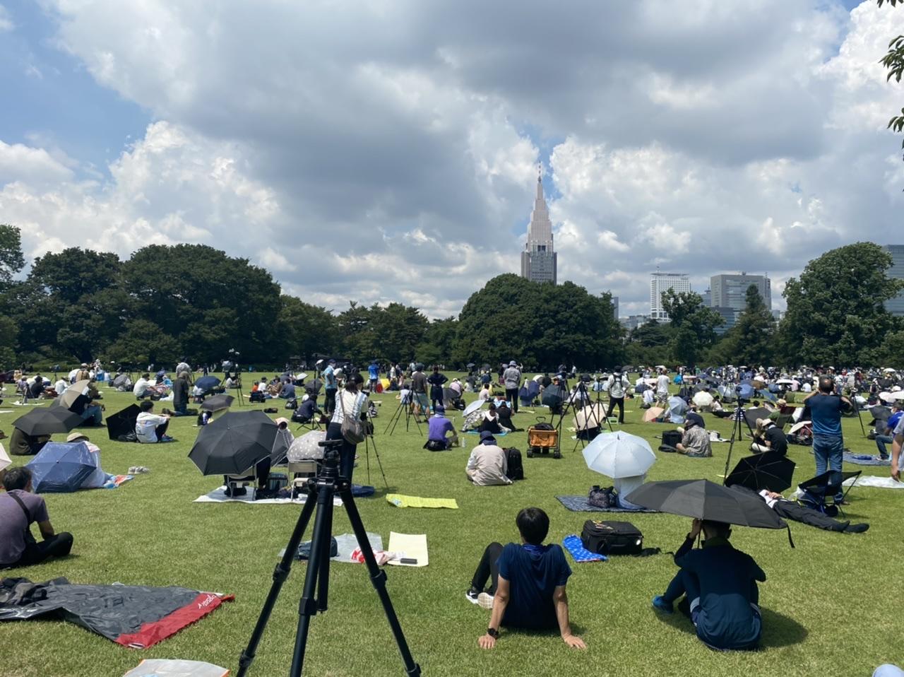【ブルーインパルス】見えた!大感動!東京上空に5色のカラースモーク★五輪マークも♡_3