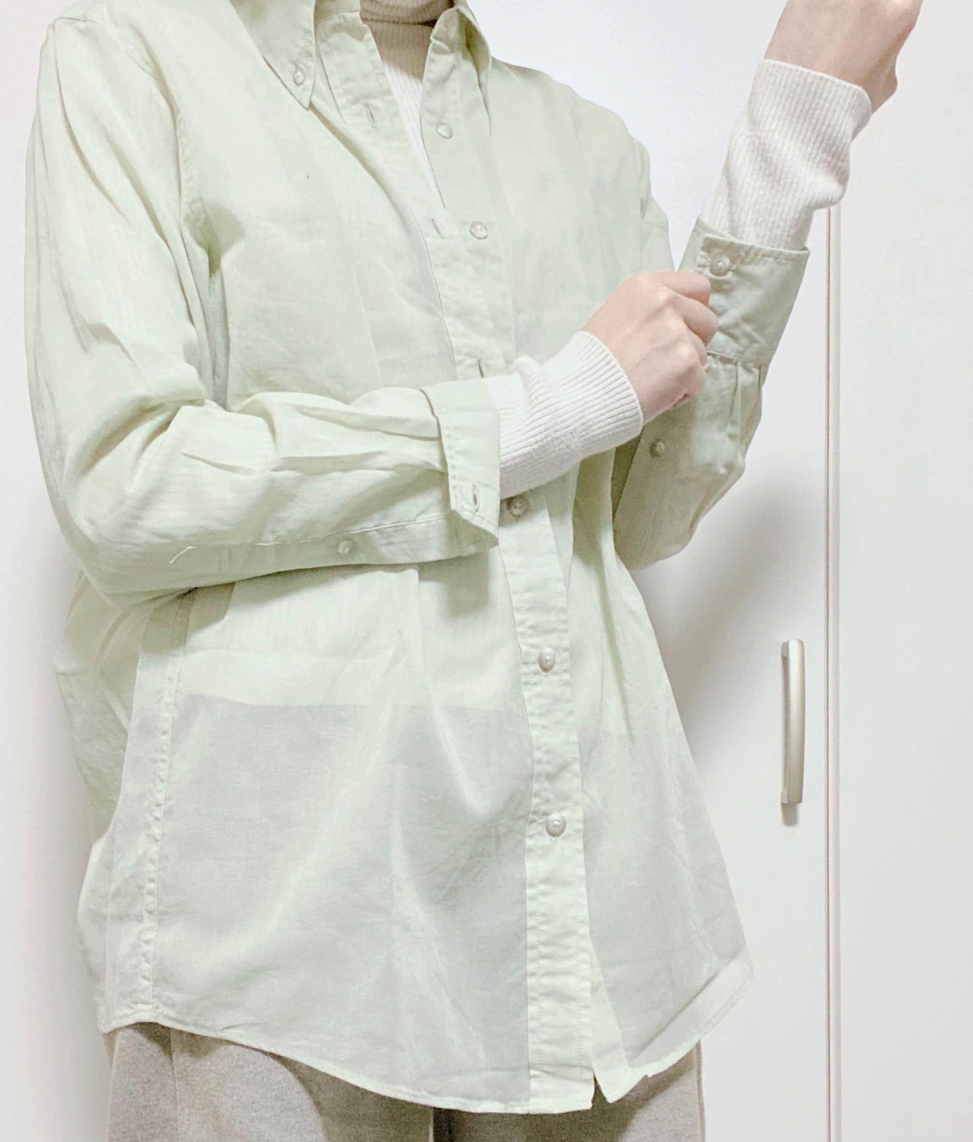 《ユニクロのおすすめアイテム》ボタンダウンシャツ