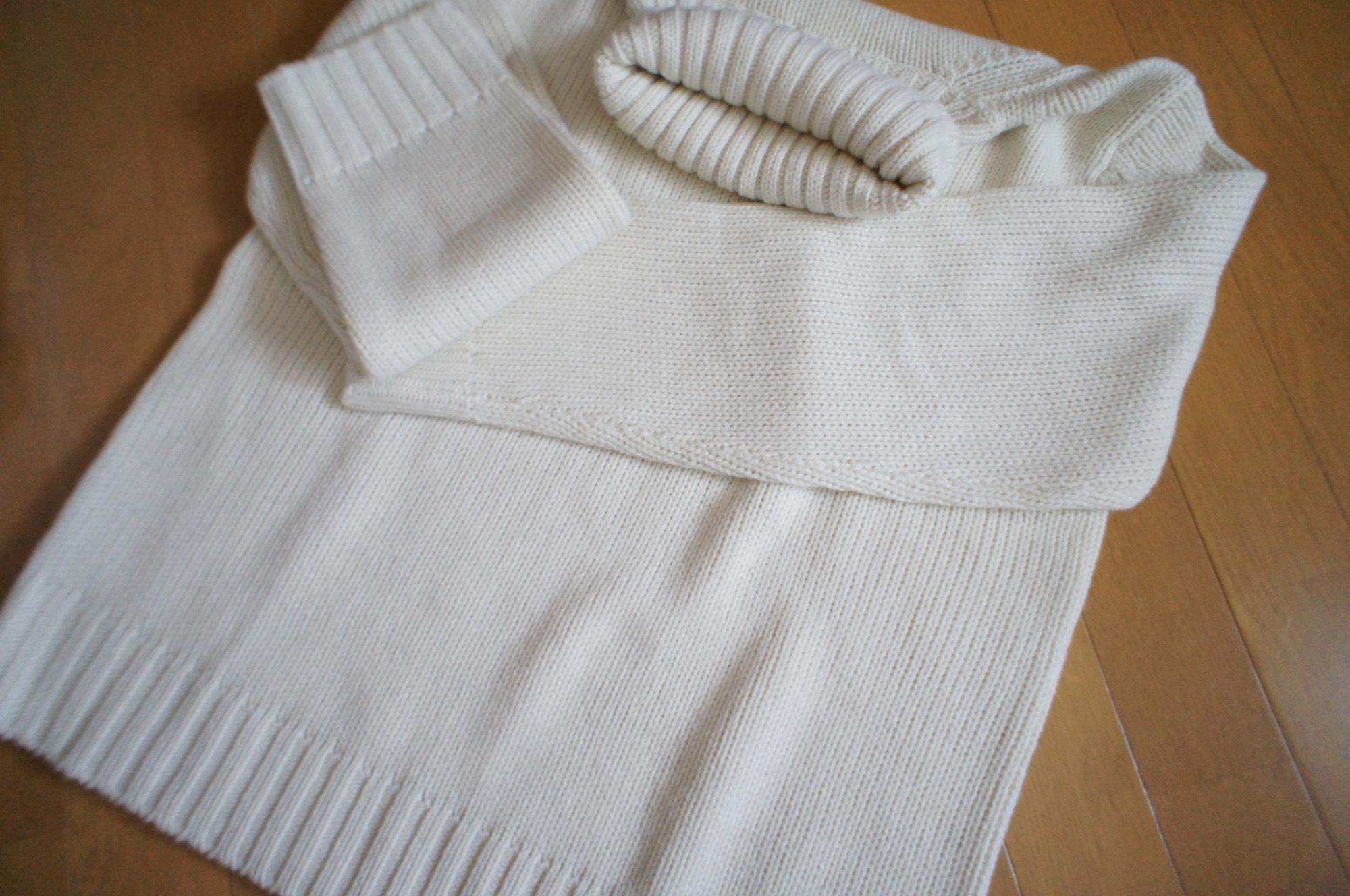《昨年完売続出❤️》した【GU】メンズのローゲージタートルネックセーターが今年も登場☻!_2