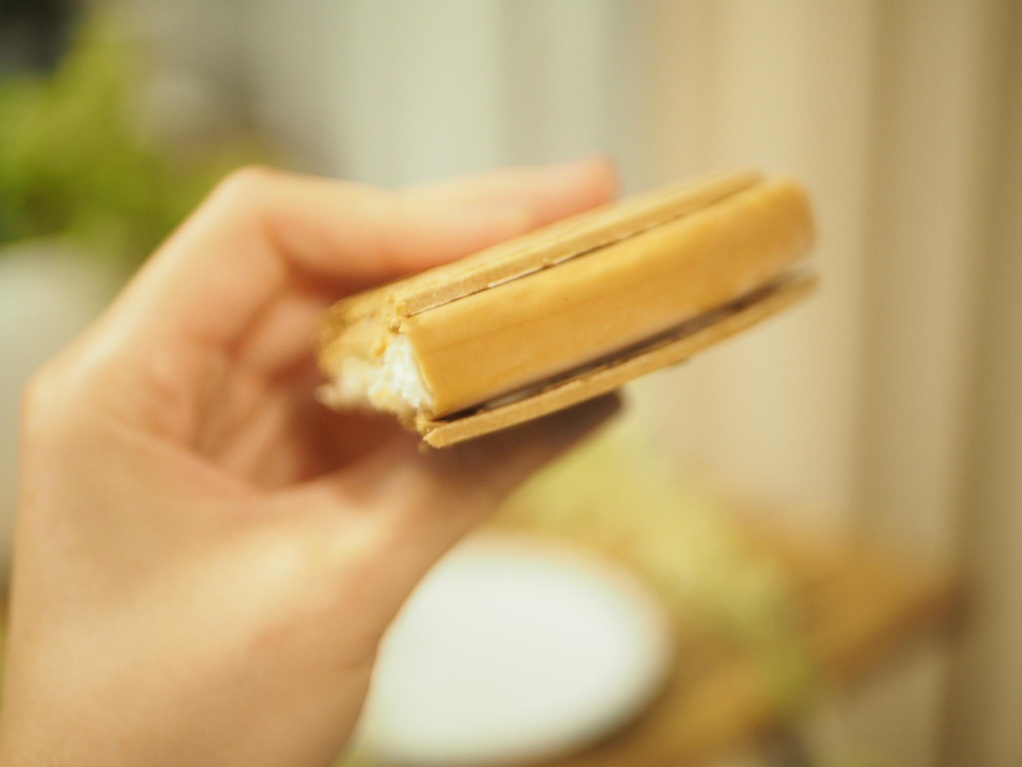 【ハーゲンダッツ】濃厚な味わいのバターサンド♡クリスピーサンド『アーモンドバターサンド』が登場♩_5
