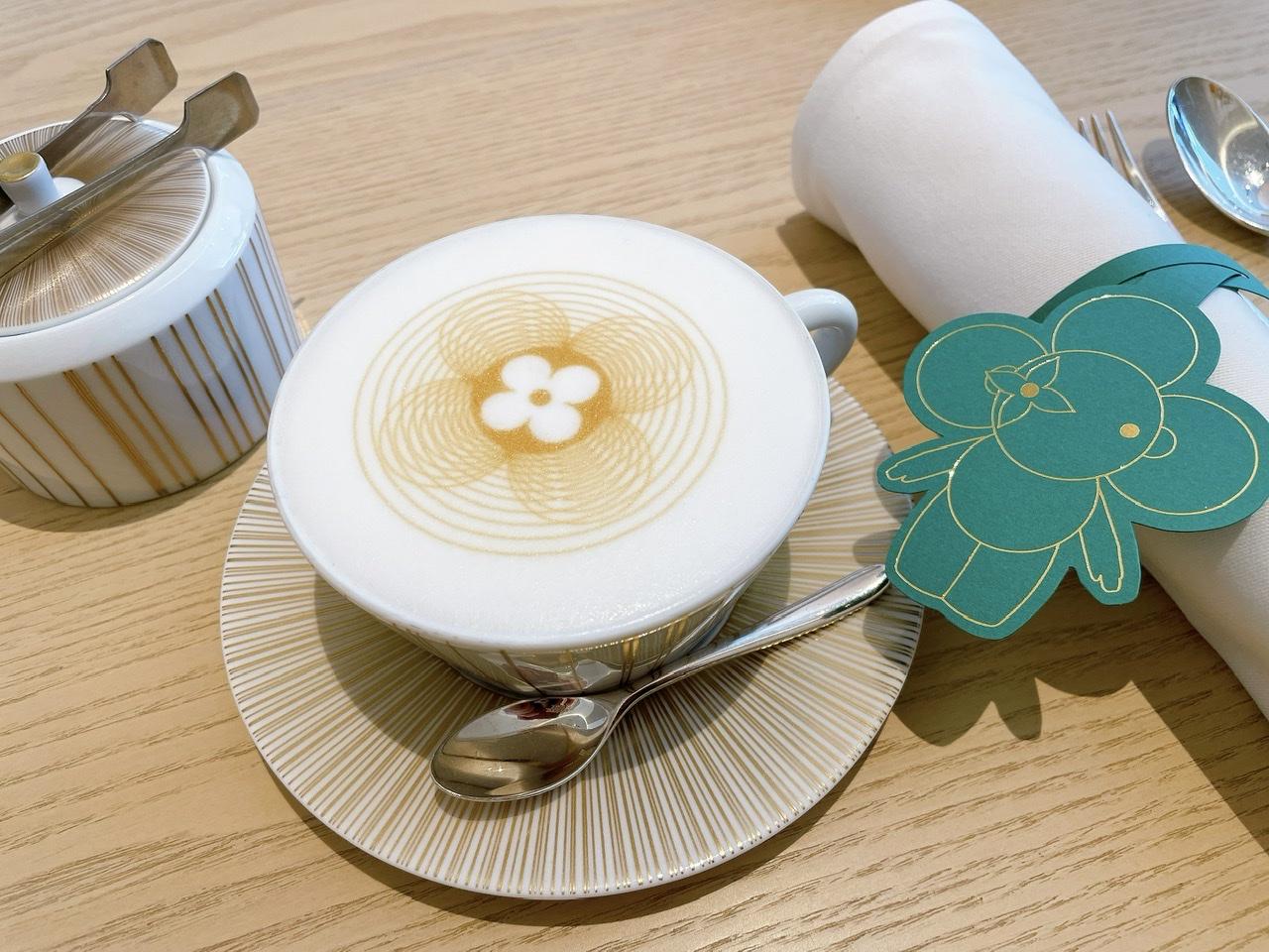 【大阪カフェ】可愛すぎるLOUIS VUITTONのラテとアート展_1