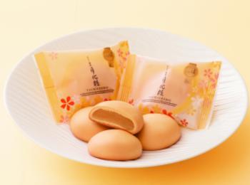 JR新大阪駅で人気のおすすめお土産5選! 年間販売個数1400万個を突破した饅頭「月化粧」や、『瓢月堂』『551蓬莱』などの愛されブランドがずらり