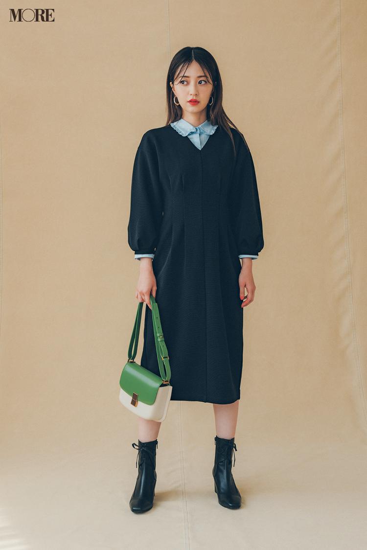 【2021秋コーデ】ひざ丈ワンピース×衿つきシャツ×ショートブーツのコーデ