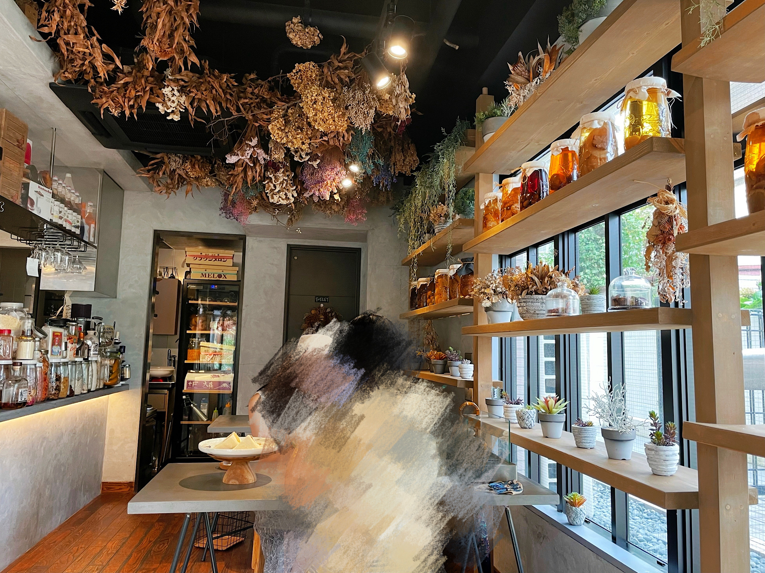 東京・幡ヶ谷にあるカフェ「果実店canvas(果実店カンヴァス)」