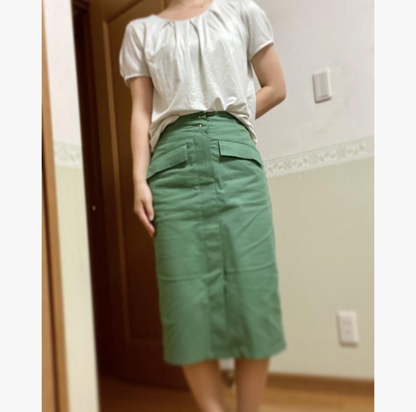 【オフィスコーデ】グリーンスカートでツクる3変化_4