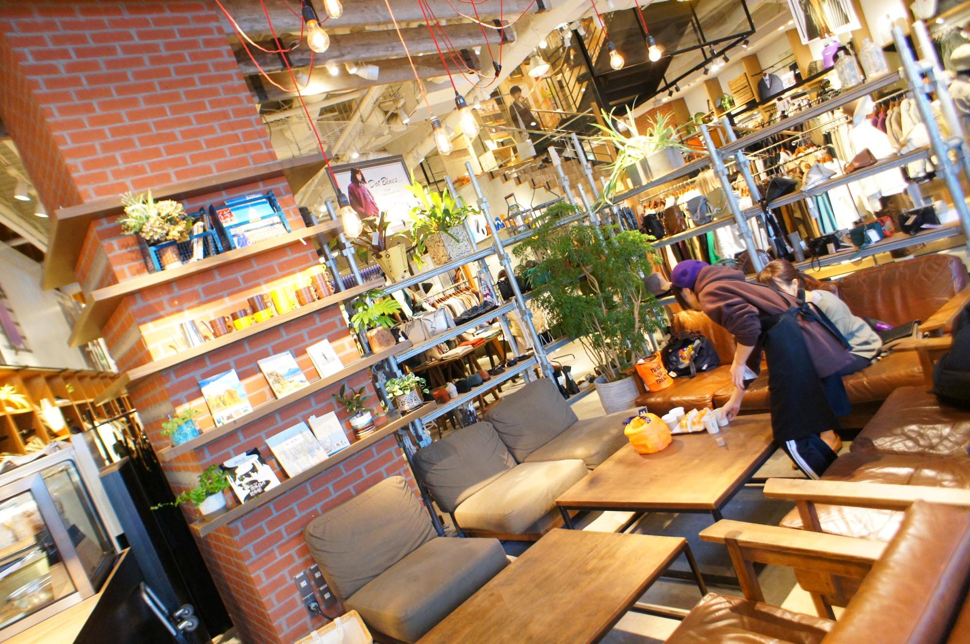 《ご当地MORE✩東京》絶品コッペパンサンド!【niko and...COFFEE】名物❤️ニコパンが美味しすぎる☻_2
