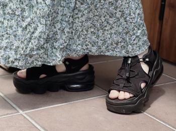 【おすすめ夏サンダル】ついにゲット♡話題のNIKE エア マックス ココを履いてみました