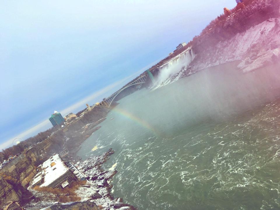 【現地レポート】大晦日は心洗われるナイアガラの滝へ_17