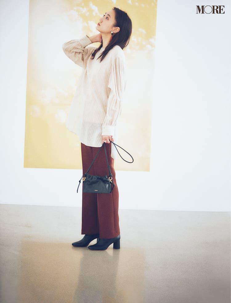 シースルーシャツのコーデ特集 - 透けるシャツ・ブラウスのおしゃれなコーディネートまとめ_27