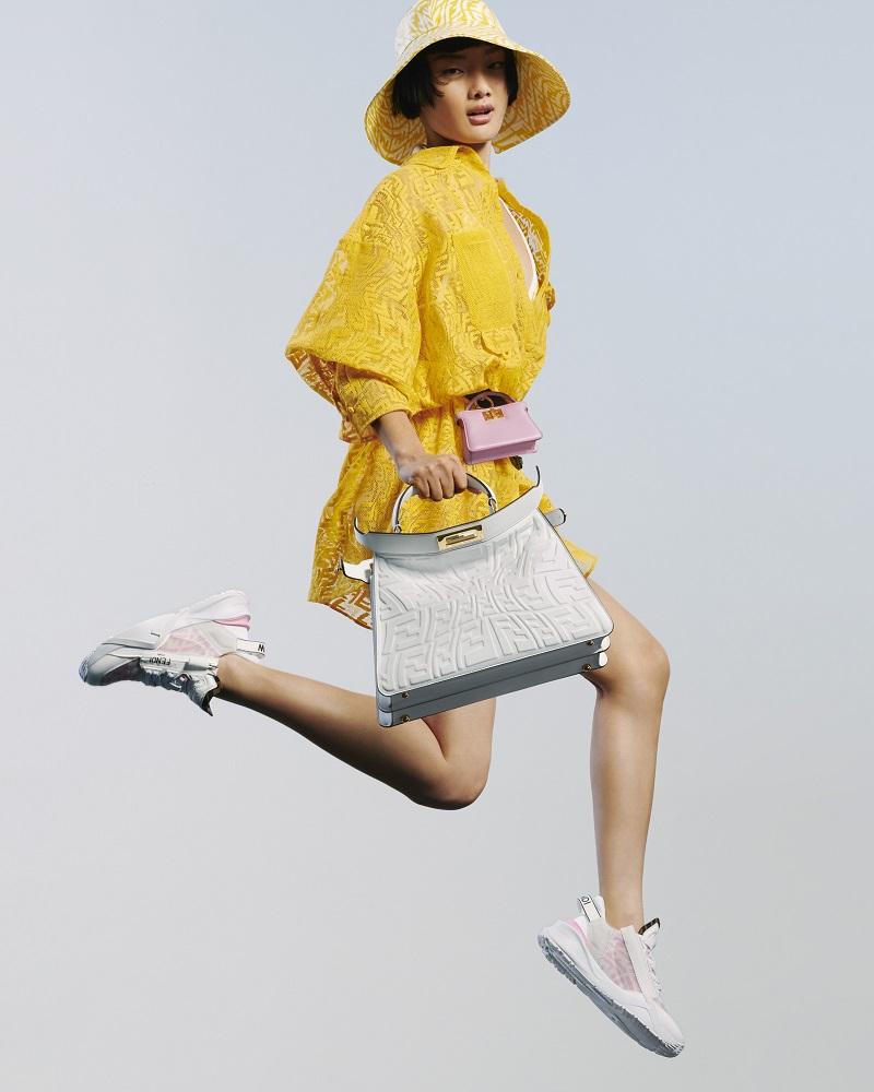 フェンディの新作バッグ、ピーカブーのナノサイズ