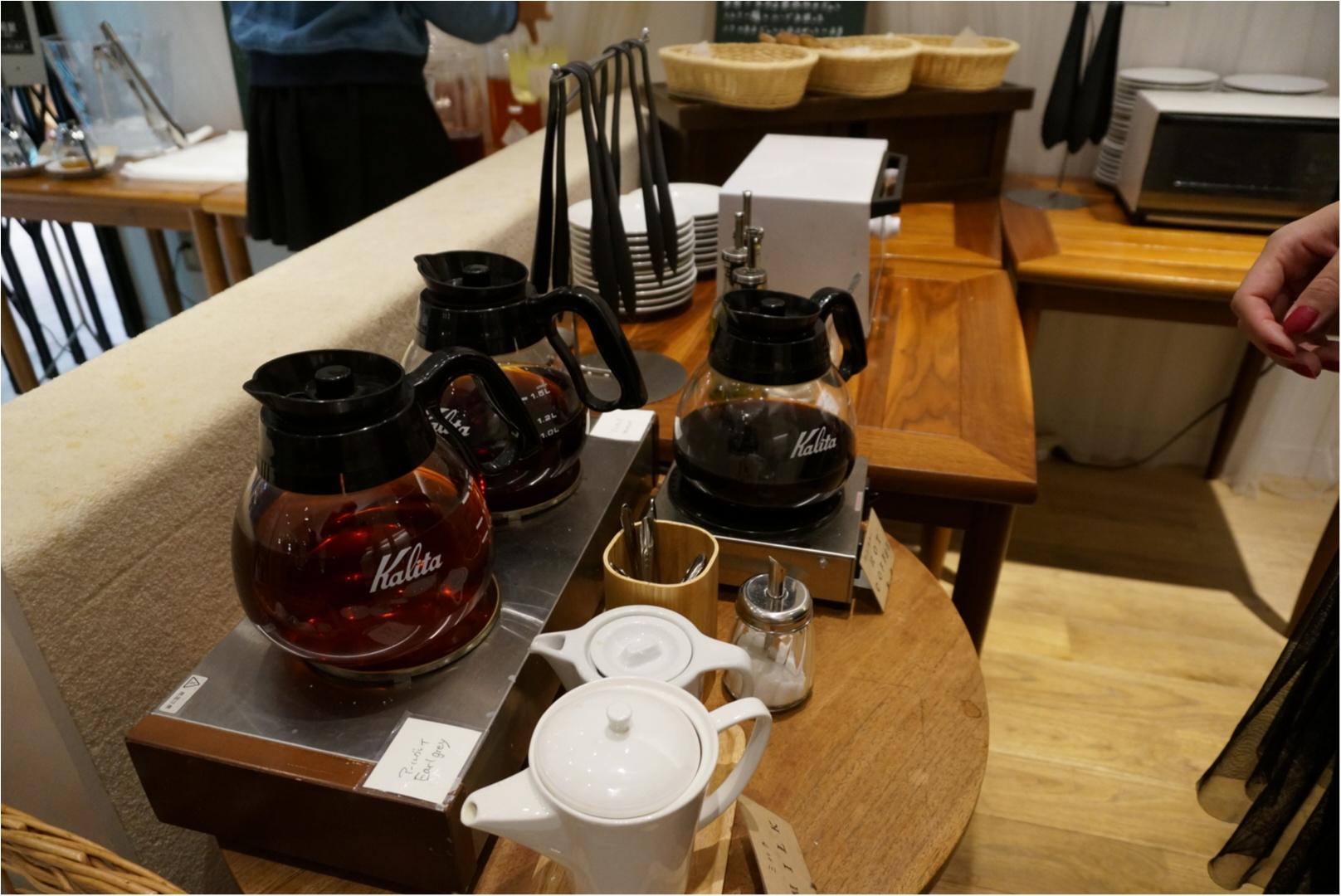 白と木材を基調としたニュートラルな空間でカフェTIME♪《24/7Cafe apartment》で食べれる美味しいフレンチトースト♡_3