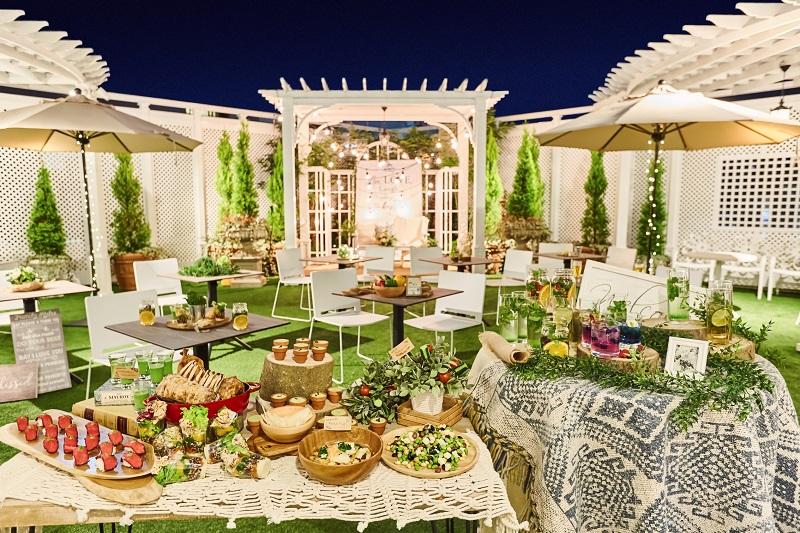 結婚式場が期間限定でビアガーデンに! クラシカルな洋館のルーフトップで、ヘルシーフードを満喫♡【#ビアガーデン 2019 東京】_2